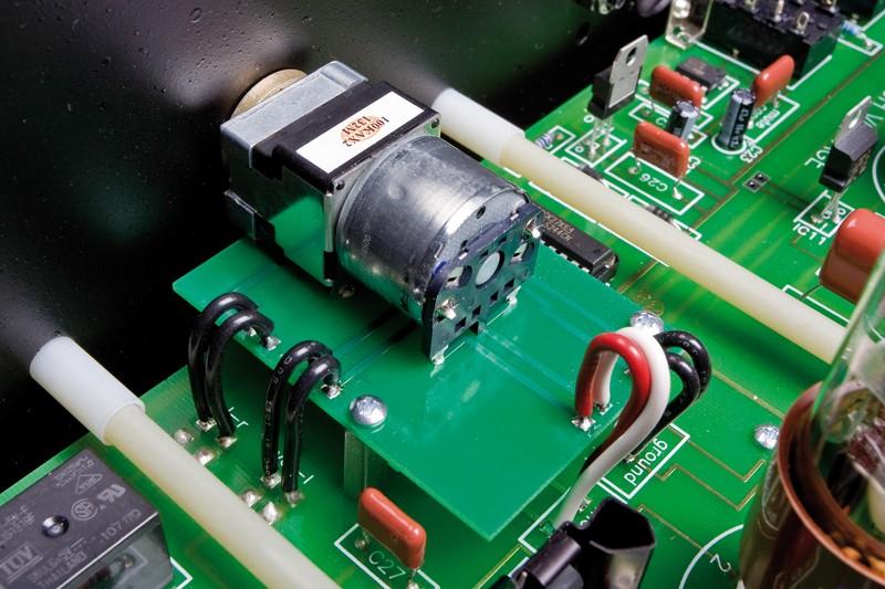 Röhrenverstärker Rogue Audio Ninety Nine, Rogue Audio Stereo 90 im Test , Bild 9