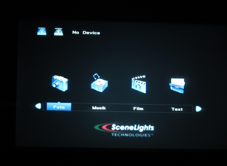 Beamer SceneLights LB-9300.hd im Test, Bild 4