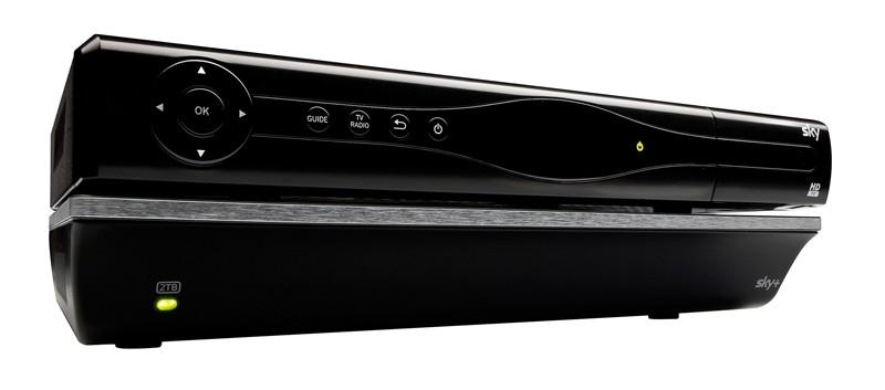 test kabel receiver mit festplatte sky sky sehr gut seite 1. Black Bedroom Furniture Sets. Home Design Ideas