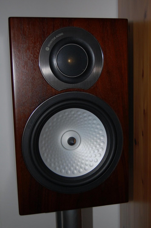 test lautsprecher stereo monitor audio rx 2 sehr gut. Black Bedroom Furniture Sets. Home Design Ideas