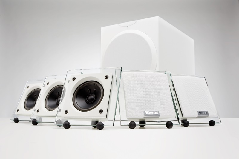 Test Lautsprecher Surround Waterfall Audio Sério Serie 51