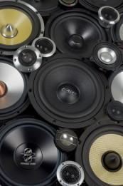 Car-HiFi-Lautsprecher 16cm: 12 Lautsprechersets für den Aktivbetrieb im Test, Bild 1