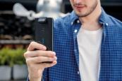 Smartphones Asus ZenFone 6 ZS630KL im Test, Bild 1