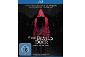 Blu-ray Film At the Devil's Door – Ein Pakt mit dem Teufel (Universum) im Test, Bild 1