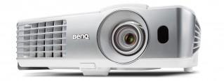 Beamer BenQ W1070 + im Test, Bild 1