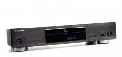 Blu-ray-Player Pioneer BDP-LX55 im Test, Bild 1