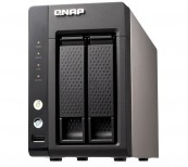 Netzwerk-Festplatten Qnap NAS TS-221 im Test, Bild 1