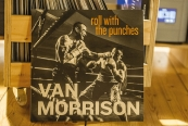 Schallplatte Van Morrison – Roll With the Punches (Exile Records) im Test, Bild 1