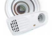 Beamer ViewSonic PX700HD im Test, Bild 1