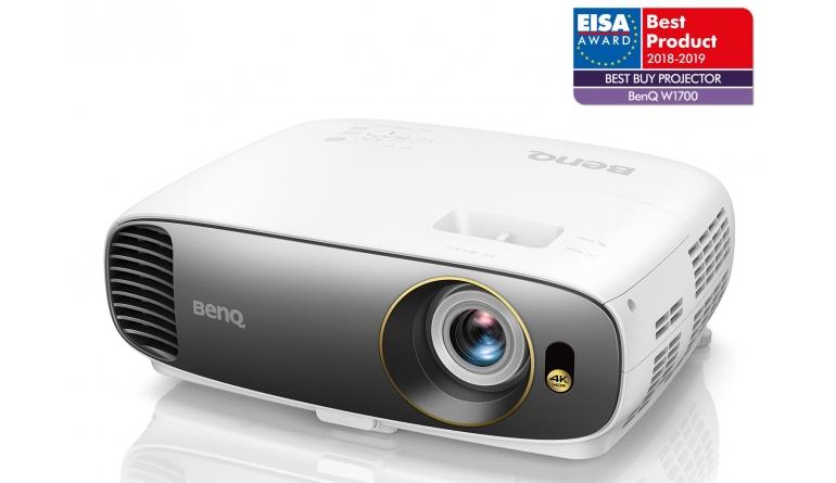Beamer BenQ W1700 im Test, Bild 1