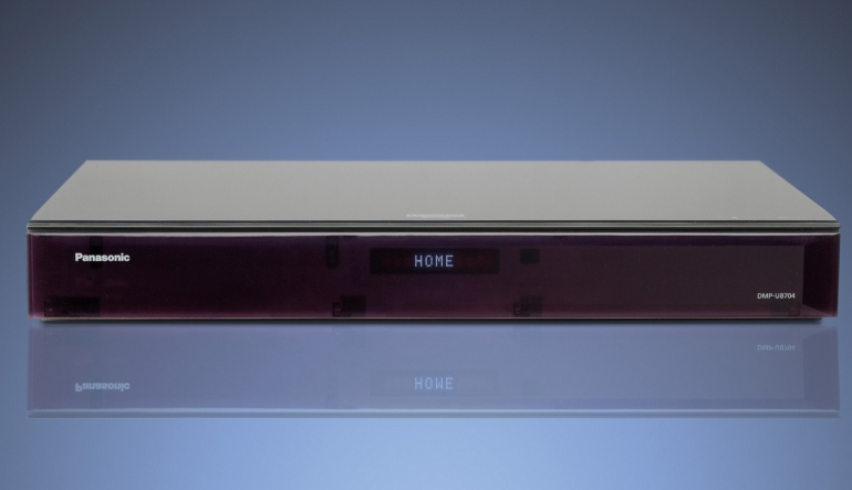 Blu-ray-Player Panasonic DMP-UB704 im Test, Bild 1
