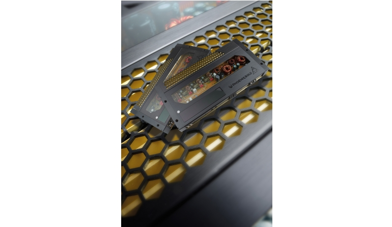 Car-HiFi Endstufe Mono Phoenix Gold Ti31300.1, Phoenix Gold Ti31200.4 im Test , Bild 1
