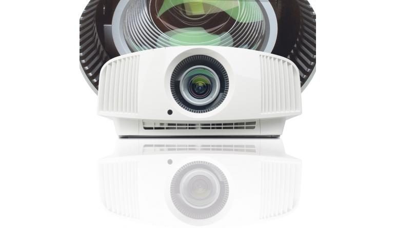 Beamer Sony VPL-VW270ES im Test, Bild 1