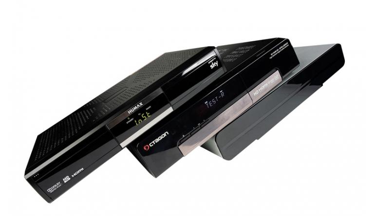 Kabel Receiver ohne Festplatte: Test: 5 HDTV-Settop-Boxen für Kabel und Satellit, Bild 1