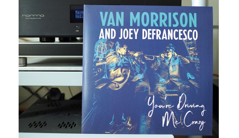 Schallplatte Van Morrison and Joey DeFrancesco – You're Driving Me Crazy (Legacy) im Test, Bild 1