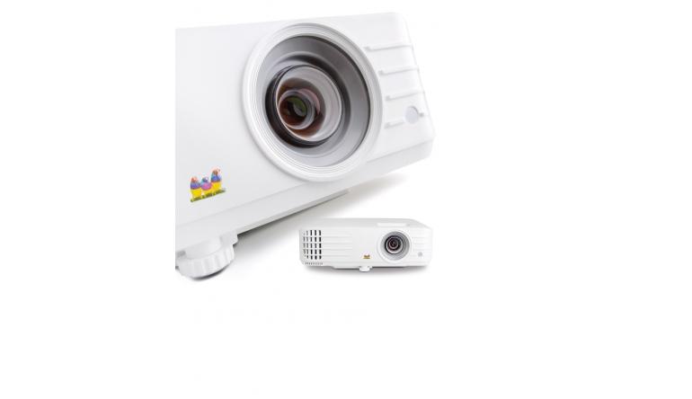 Beamer ViewSonic PX701HD im Test, Bild 1