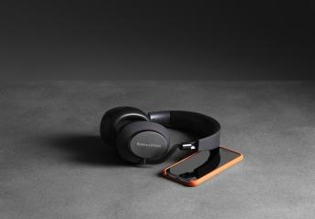 Kopfhörer Noise Cancelling B&W Bowers & Wilkins PX im Test, Bild 1