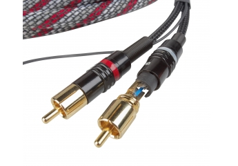 Zubehör Car-Media Gladen Audio Aerospace RCA im Test, Bild 1