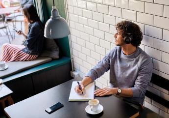 Kopfhörer Hifi JBL Live 650BTNC im Test, Bild 1