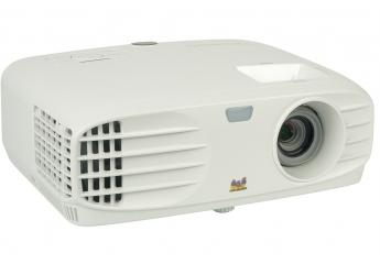 Beamer ViewSonic PG705HD im Test, Bild 1