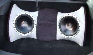 Car-Hifi Subwoofer Chassis Ground Zero GZUW250SQ im Test, Bild 2