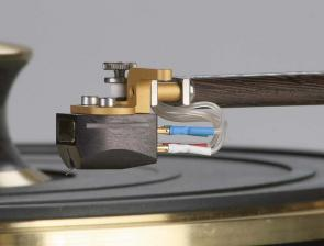 Plattenspieler turntables.lt S1 Starling, tonearms.lt Reed 3Q im Test , Bild 3